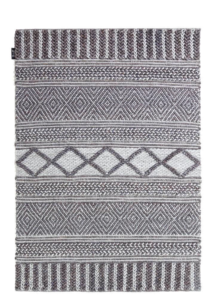 Ethnik-1131-700